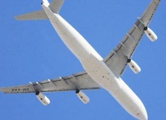 Yolcu uçakları neden beyaz